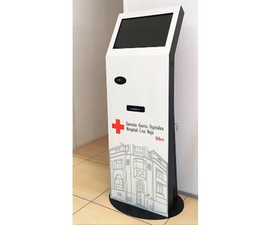 Kiosco interactivo de interior e700w éxito1